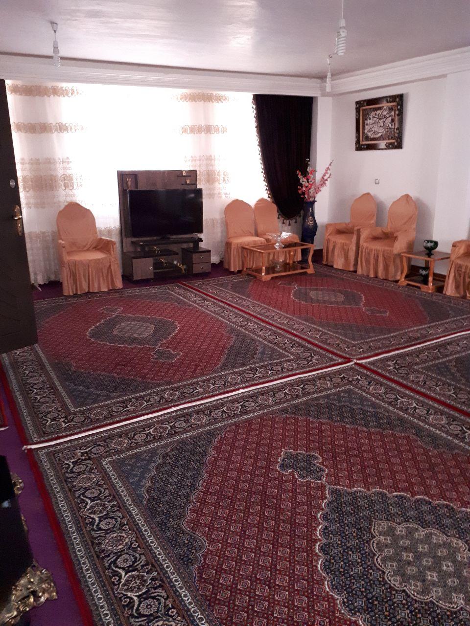 اجاره روزانه منزل مبله در اردبیل با منظره شورابیل